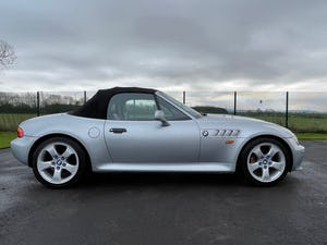 1998 BMW Z3 IMPORTED ROADSTER CONVERTIBLE 2.8 AUTOMATIC * ONLY 26 For Sale (picture 2 of 6)