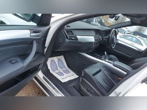 2013 BMW X5 3.0 XDRIVE40D M-SPORT, 302 BHP TWIN TURBO DIESEL For Sale (picture 8 of 12)