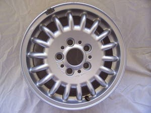 1992 BMW ALLOY WHEEL 7J x 15 For Sale (picture 1 of 6)