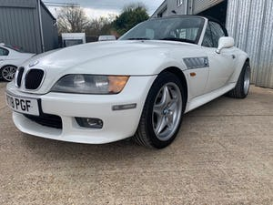 1998 RARE COLOUR LOW MILEAGE FULL BMW HISTORY IMMACULATE For Sale (picture 6 of 12)