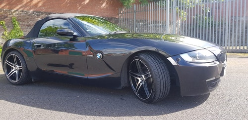 Picture of 2007 Black BMW z4 2.0i For Sale