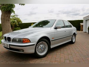 1999 BMW 523i SE modern classic For Sale (picture 1 of 12)
