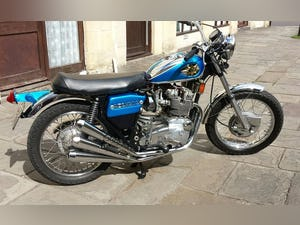 1971 BSA Rocket 3 Price reduced Force. Corona Job loss. For Sale (picture 1 of 6)