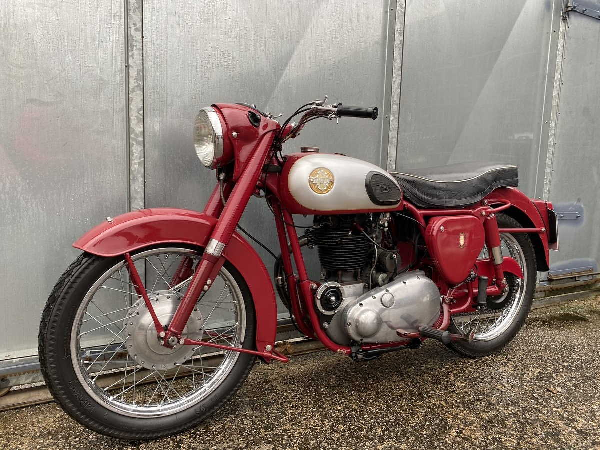 1959 BSA B31 LOVELY BIKE ALL ROUND RUNS MINT! PX C15 B40  For Sale (picture 3 of 6)