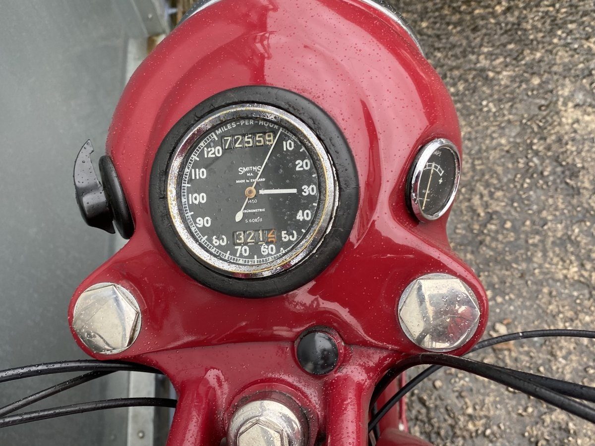 1959 BSA B31 LOVELY BIKE ALL ROUND RUNS MINT! PX C15 B40  For Sale (picture 5 of 6)