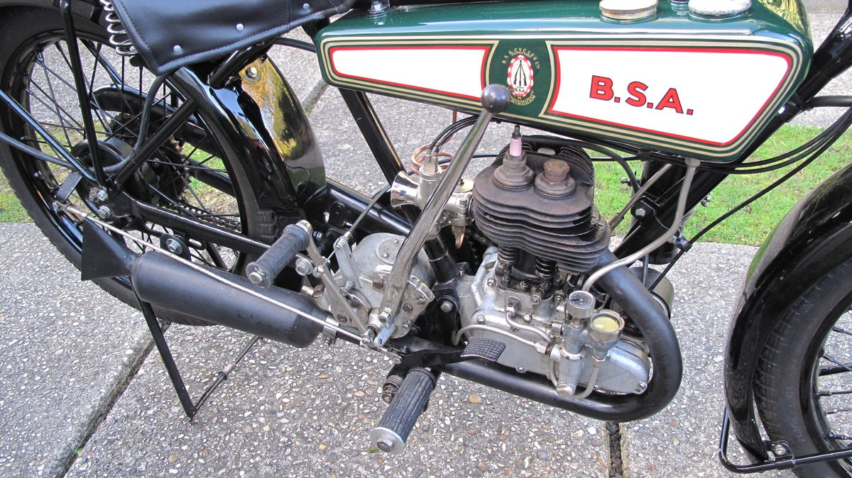 1928 B.S.A Motorbike SOLD (picture 5 of 6)