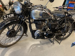 Original and unrestored 1939 BSA Silver Star KM23. For Sale (picture 3 of 6)