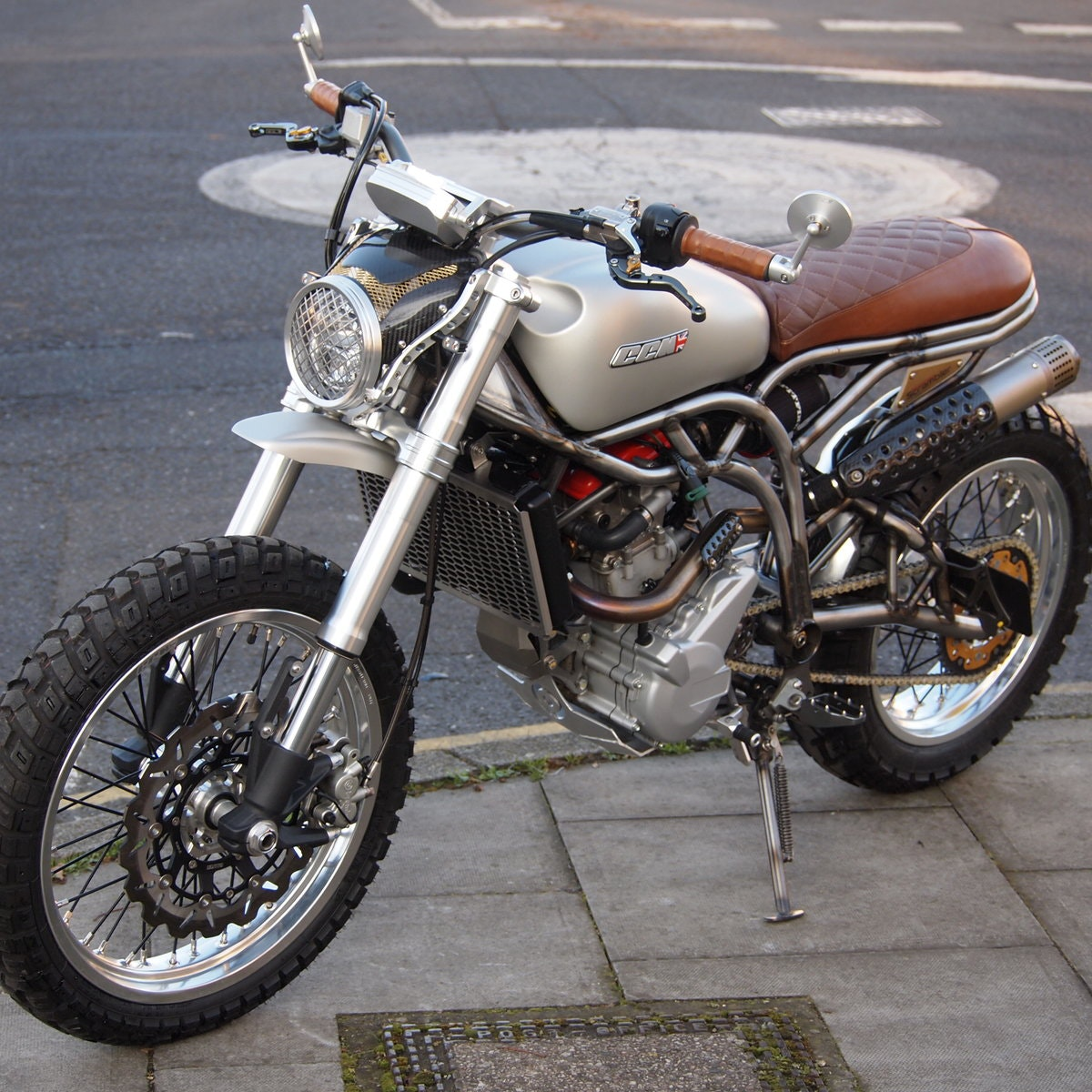 2018 CCM 600cc Spitfire Scrambler, RESERVED FOR ANDY. SOLD (picture 4 of 6)