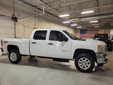 Picture of 2013 Chevrolet Silverado 2500HD LT with 4x4 4door Crew Cab For Sale