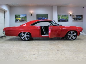 1965 Chevrolet Impala SS Coupe 350 V8 Restomod Auto-Restored For Sale (picture 2 of 25)