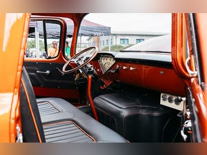 1955 One-off Chevrolet 5700, modern running gear For Sale (picture 5 of 12)