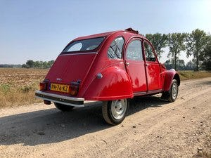 2cv6 Rouge vallelunga 03-1986 95.168 km For Sale (picture 3 of 6)