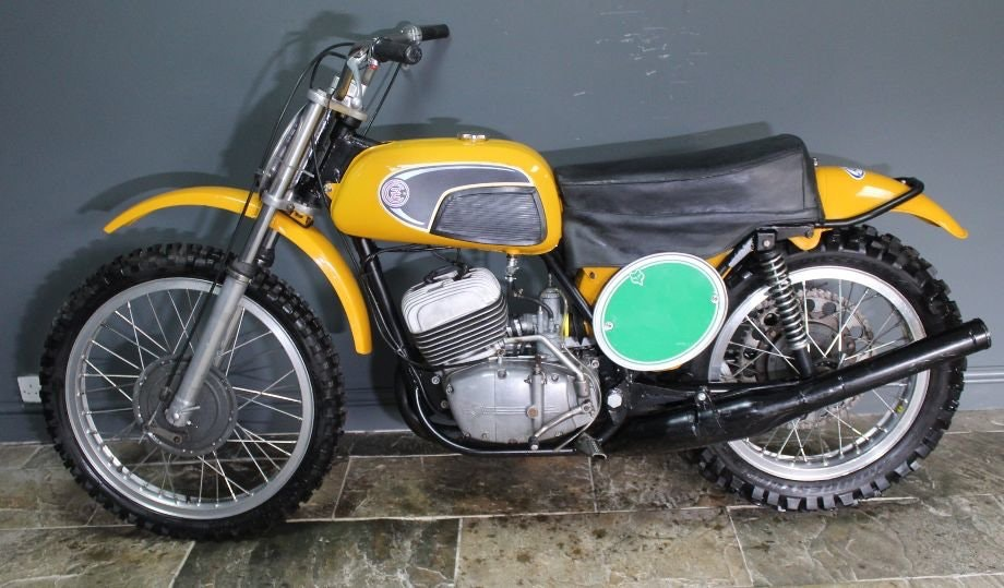 1971 CZ 250 cc Two Stroke Motocross , Excellent  For Sale (picture 1 of 6)