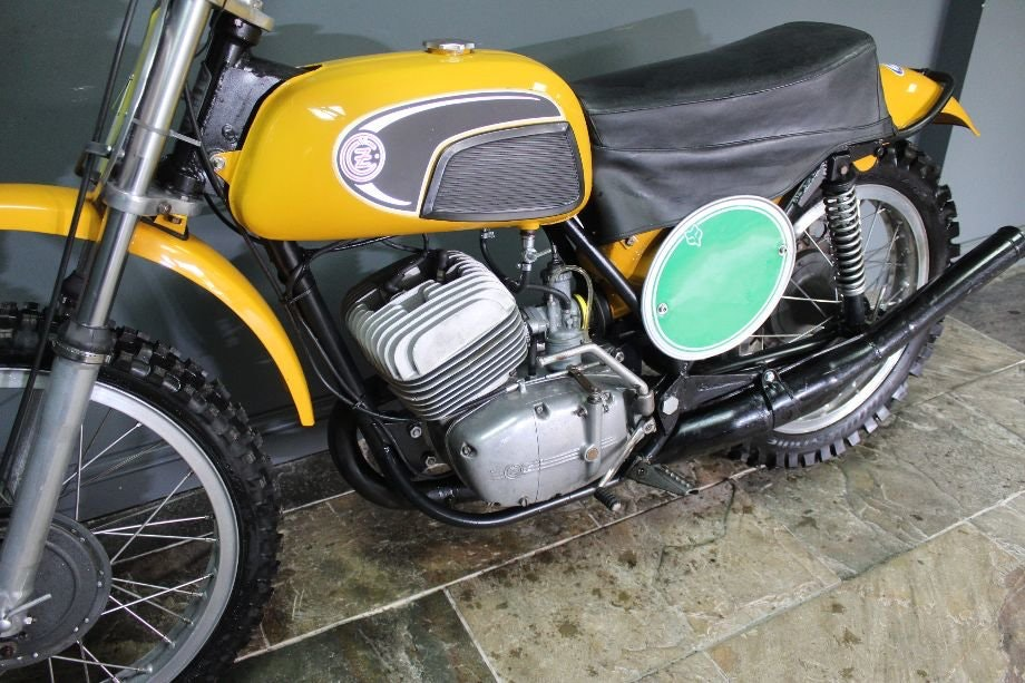 1971 CZ 250 cc Two Stroke Motocross , Excellent  For Sale (picture 2 of 6)
