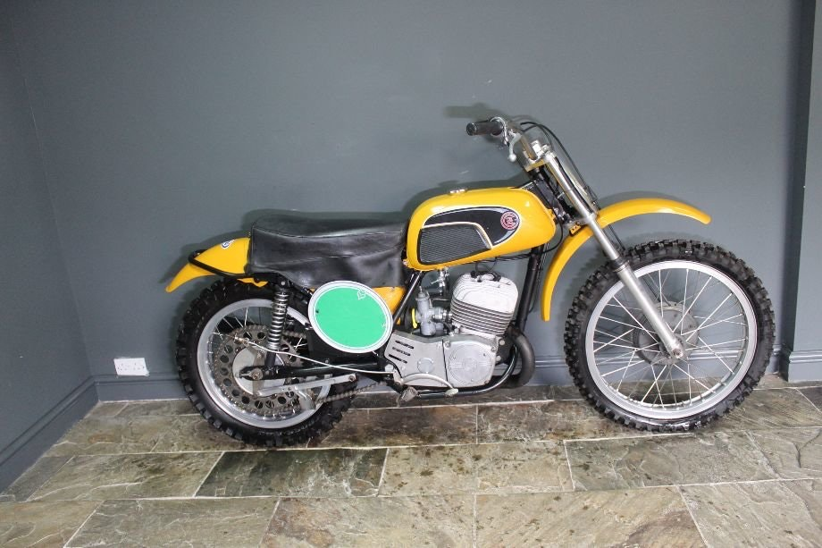 1971 CZ 250 cc Two Stroke Motocross , Excellent  For Sale (picture 3 of 6)