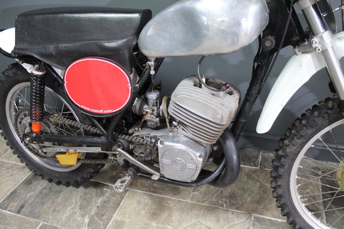 1973 CZ 380 cc Two Stroke Moto Cross Superbly presented For Sale (picture 4 of 6)