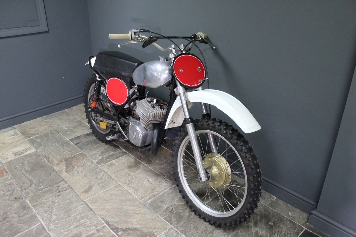 1973 CZ 380 cc Two Stroke Moto Cross Superbly presented For Sale (picture 5 of 6)