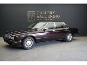 Picture of 1993 Daimler Double Six 6.0 V12 For Sale