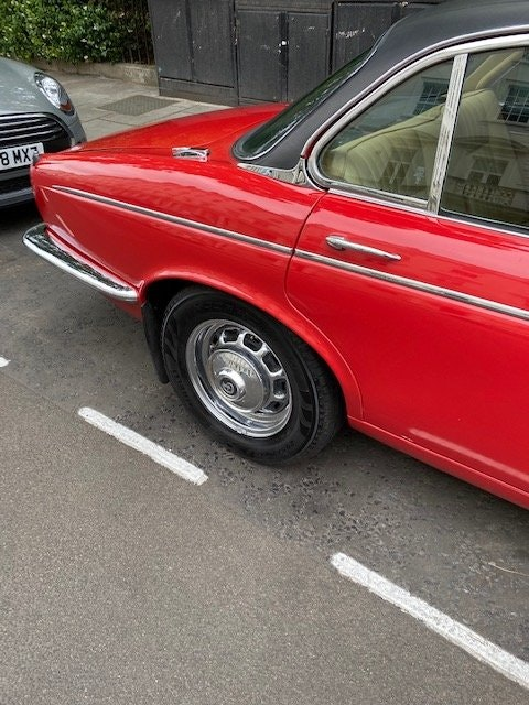 1975 Beautiful daimler serie 2 many expenses on it SOLD (picture 3 of 6)