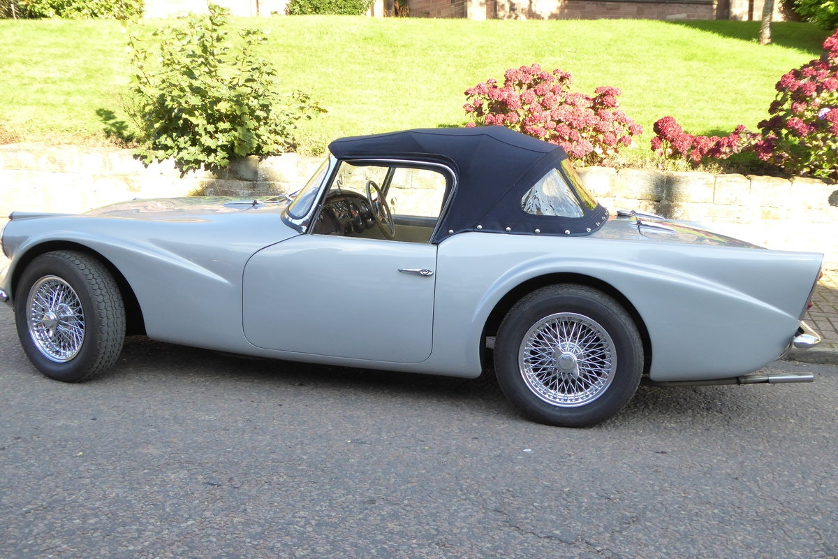 1962 DAIMLER DART SP 250 B Spec Auto - Fully Restored For Sale (picture 3 of 6)