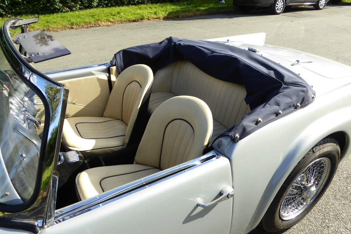 1962 DAIMLER DART SP 250 B Spec Auto - Fully Restored For Sale (picture 6 of 6)