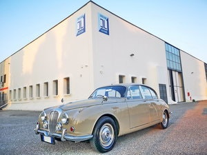 Picture of 1969 DAIMLER 2500 V8 SALOON RHD EURO 18.900 For Sale