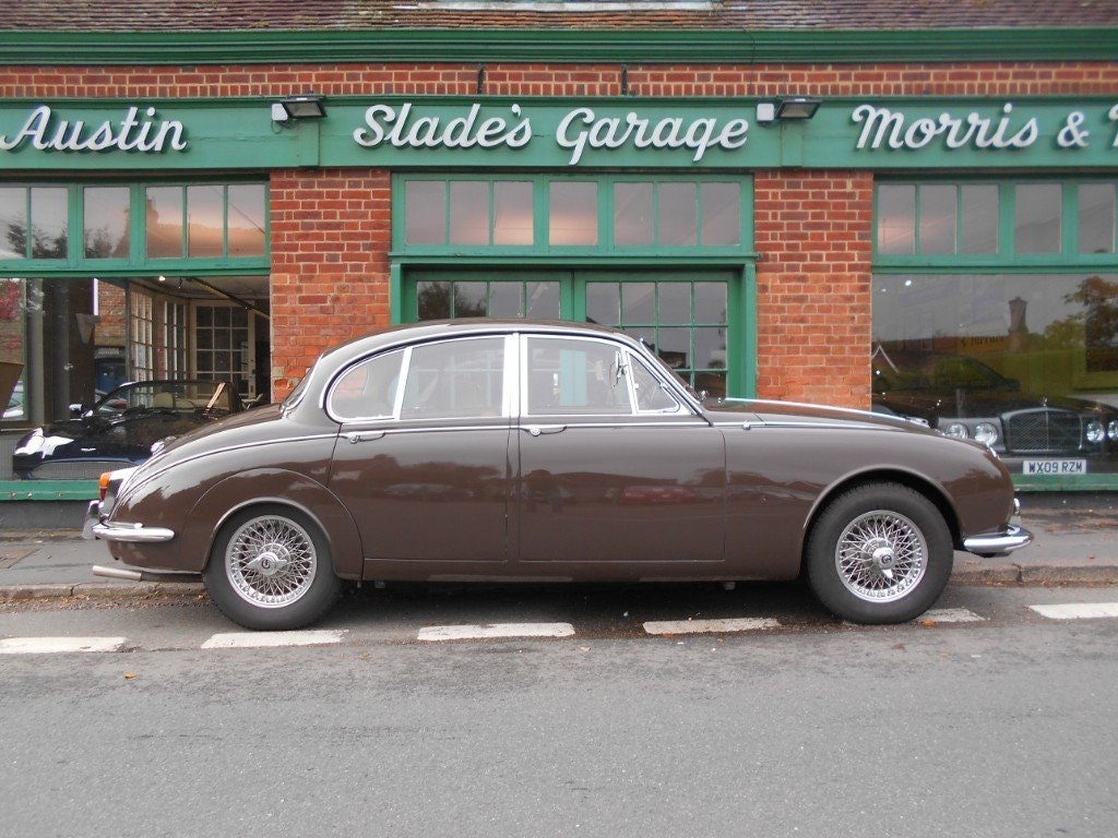 1969 Daimler 250 V8 Automatic For Sale (picture 1 of 5)