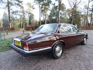 1983 Daimler Sovereign Services III VERY RARE MANUAL For Sale (picture 3 of 6)
