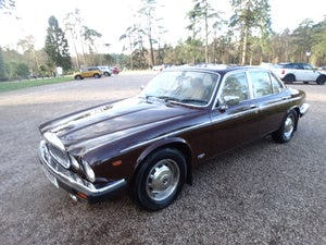 1983 Daimler Sovereign Services III VERY RARE MANUAL For Sale (picture 4 of 6)