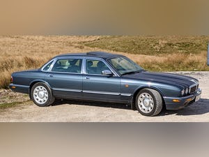 Daimler Super V8, MY2000 , updated engine, 4 seats For Sale (picture 3 of 12)