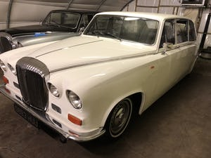 1990 Daimler ds420 limousine For Sale (picture 2 of 4)