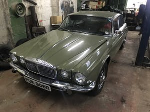 1977 Daimler Sovereign Series 2 LWB LOW MILES!!!! For Sale (picture 4 of 5)