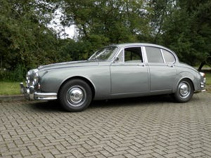 1967 DAIMLER V8-250 Manual/Overdrive/Power steering For Sale (picture 3 of 11)