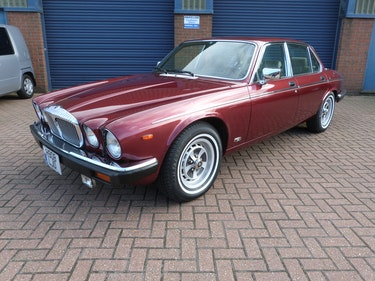 Picture of 1990 Daimler Double Six LHD Only 30671 Mls For Sale