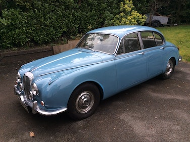 Picture of 1968 Daimler 250 V8 great runner For Sale