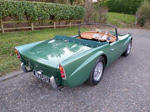 1960 Beautiful Daimler Dart/SP250 For Sale (picture 2 of 12)