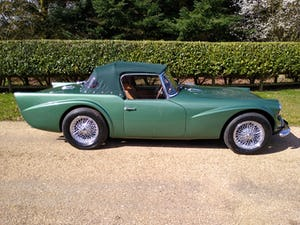 1960 Beautiful Daimler Dart/SP250 For Sale (picture 6 of 12)