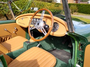 1960 Beautiful Daimler Dart/SP250 For Sale (picture 9 of 12)