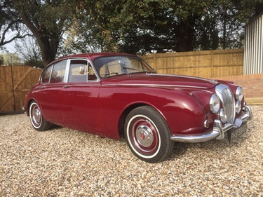 Picture of 1968 v8 Daimler 250 Saloon For Sale
