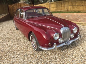 1968 v8 Daimler 250 Saloon For Sale (picture 2 of 9)