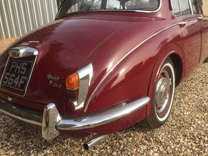 1968 v8 Daimler 250 Saloon For Sale (picture 4 of 9)