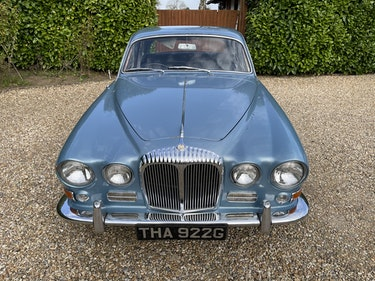 Picture of 1968 Daimler Sovereign 4.2 For Sale