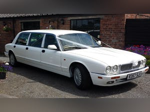 1997 Daimler Limo (inc. 5 Car Wedding Business) For Sale (picture 1 of 10)