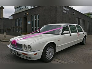 1997 Daimler Limo (inc. 5 Car Wedding Business) For Sale (picture 3 of 10)