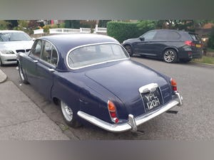 1969 The classic daimler 4.2 sovereign For Sale (picture 2 of 11)