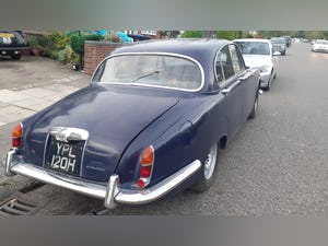 1969 The classic daimler 4.2 sovereign For Sale (picture 4 of 11)