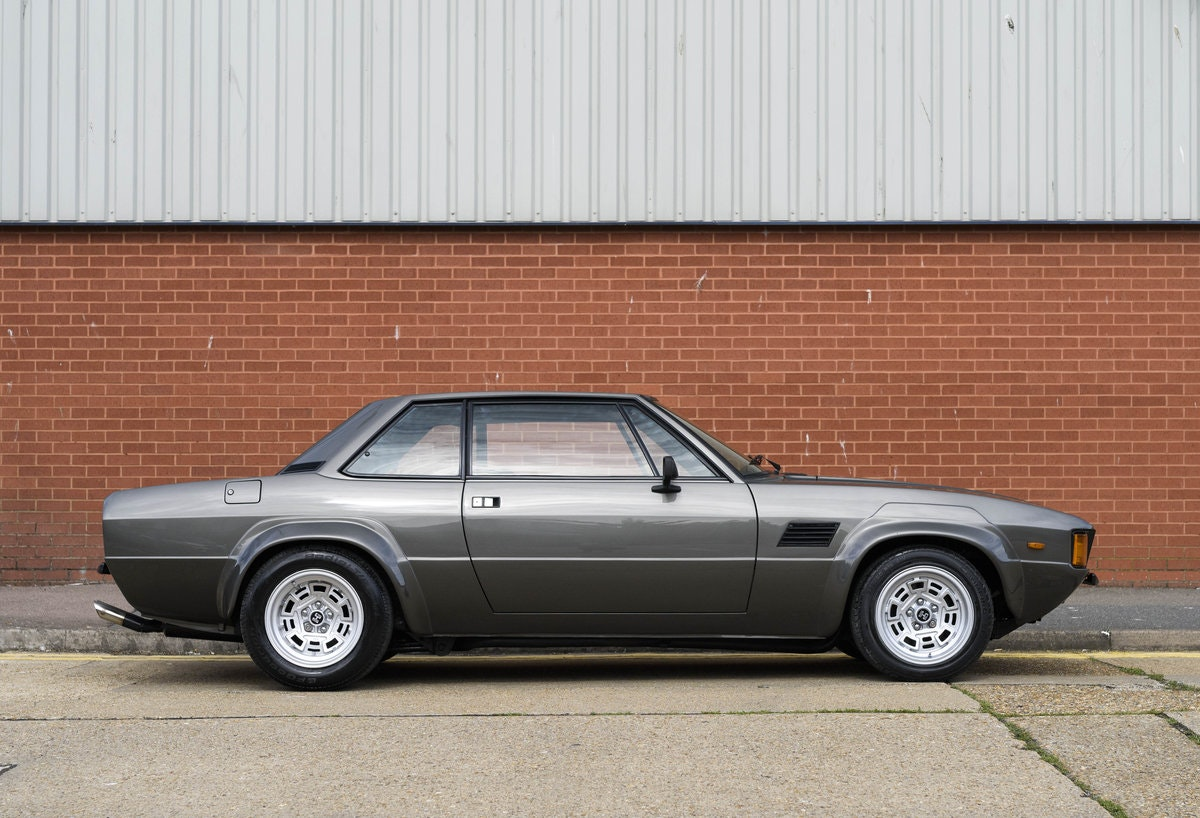 1974 De Tomaso Longchamp GTS Coupe For Sale in London (LHD) For Sale (picture 5 of 23)