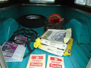 DODGE D200 CUSTOM LWB 5.9 V8 LHD PICK UP(1973)TURQUOISE RUNS For Sale (picture 7 of 10)
