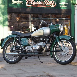 Picture of 1957 Douglas Dragonfly 350 In Rare Reverse Colours. For Sale