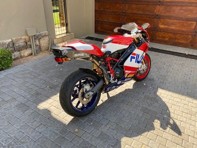 2003 Ducati 999R Fila Limited Edition For Sale (picture 4 of 6)